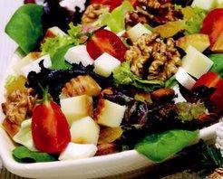 Tütsülenmiş Peynirli Kış Salatası Tarifi
