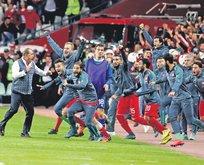 Türkiye zafer için sahada