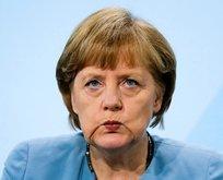 Merkel de FETÖ için sağır oldu!