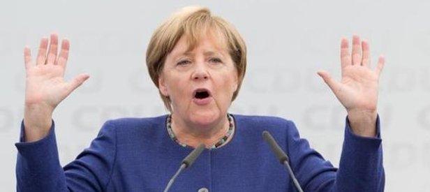 Alman gazetesinden Merkele uyarı