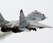 Rus savaş uçakları YPGyi vurdu