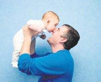40 yaş üstü babalık erkeklerde de riskli