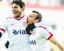 Antalyaspor bıraktığı yerden devam ediyor