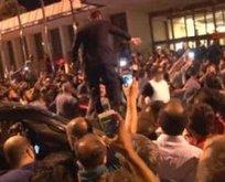 Darbe girişimi gecesi Erdoğan Atatürk Havalimanı'nda böyle karşılandı
