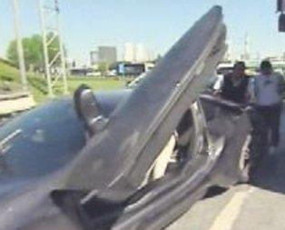 Sabri Sarıoğlu kamyona çarptı
