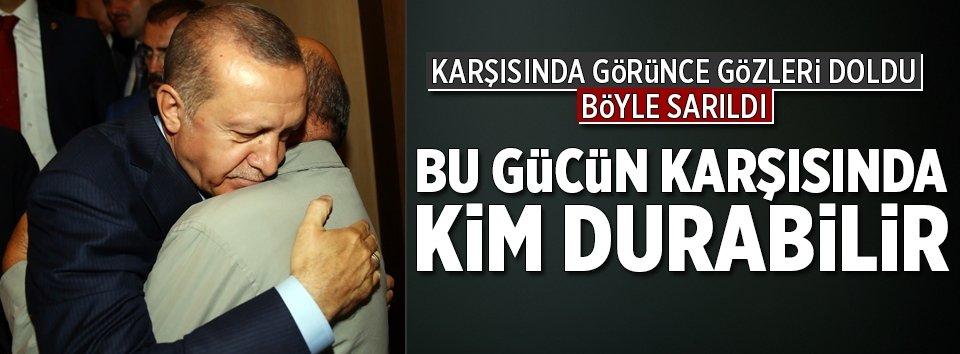 Erdoğan ve şehit babasından duygulandıran görüşme!