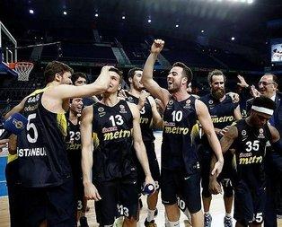 Fenerbahçe, Real Madridi devirdi kupayı kaptı!