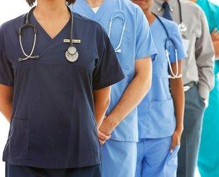 Sağlık Bakanlığında bin 836 kişi görevine iade edildi