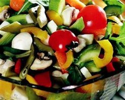 Sebzeli Bahar Salatası Tarifi