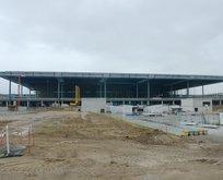 Berlinin yeni havalimanı bu sene de açılamıyor