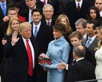 Trump İncile el basarak yemin etti