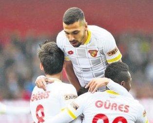 Göztepe'den 3 gollü tur