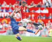 Manu, Leicester'ı farklı geçti: 4-1