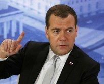 Rus başbakan Medvedev İstanbul'a geldi