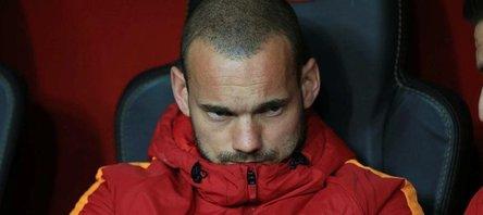 Wesley Sneijderden ayrılık açıklaması!