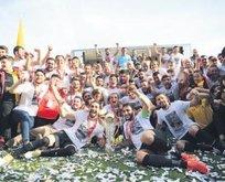 İstanbulspor 9 sene sonra TFF 1.Lig'e çıktı