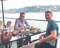 'Grip oldu' denilen RVP Boğaz'da yemekte