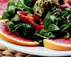 Rokalı Avokado Salatası Tarifi