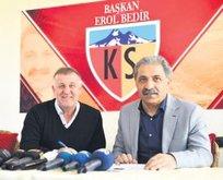 Kayserispor'un yeni hocası Mesut Bakkal