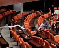 CHPli Tanrıkulundan Mecliste kürsü şov