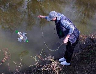 Yaptığı bu tuzakla onlarca balık avladı