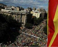 Katalanlar'a gözaltı kararı