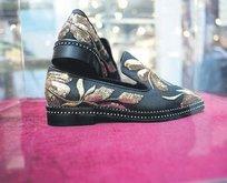 1 çift ayakkabı 45 bin lira