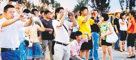 Yılda 1 milyon Çinli