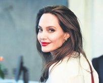 Jolie'nin hayali 3. Oscar ödülü