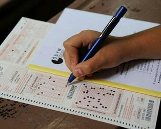 O iki sınav referandum nedeniyle ertelendi