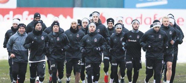 Beşiktaş'ı buzlu saha korkusu sardı