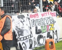 Everton'a pankartlı destek