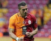 Lukas Podolski görev bekliyor