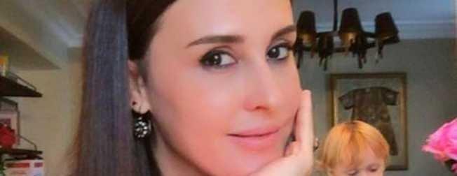 Ebru Destan: Dövme yüzünden boşanıyorum!