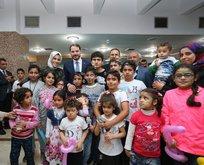 Bakan Albayrak Suriyeli yetimlerle iftar yaptı