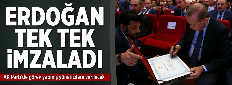 Erdoğan, teşekkür belgelerini imzaladı