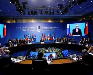 KEİ Zirvesinde Azerbaycan-Ermenistan gerginliği