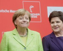 Merkelden ABye talimat : Türkiye ile ilişkinizi kesin