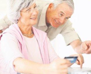 Emeklilerin maaşı yeni yılda değişiyor!