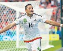 Aboubakar olmazsa Javier Hernandez