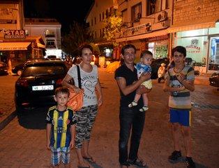 Muğla'daki deprem sonrası vatandaşlar sokağa döküldü