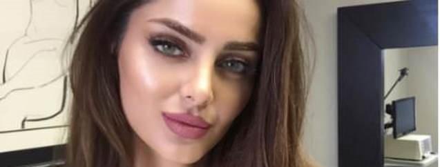 İranlı model Burak Özçivit'in peşini bırakmıyor