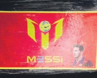 Messi fotoğrafıyla zehir ticareti!