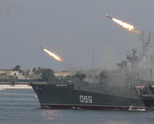 Rusya'dan flaş hava operasyonu! Füzeleri art arda fırlattı