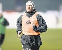 Mitrovic kupayla başlıyor