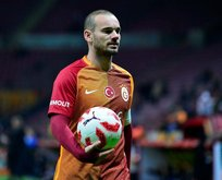 Sneijder gidiyor