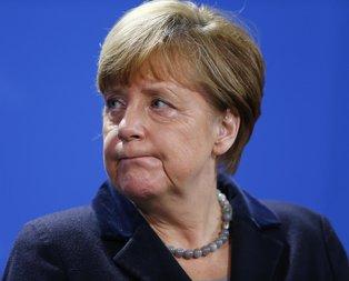 Merkelde panik başladı