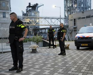 Hollandada terör alarmı! Konser iptal edildi