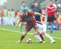 Caner Beşiktaş'ta mutlu ama İtalya'ya da dönebilir