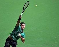 Federer finale çıktı
